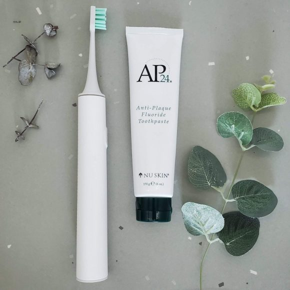 Nu Skin Whitening Toothpaste AP24: Review
